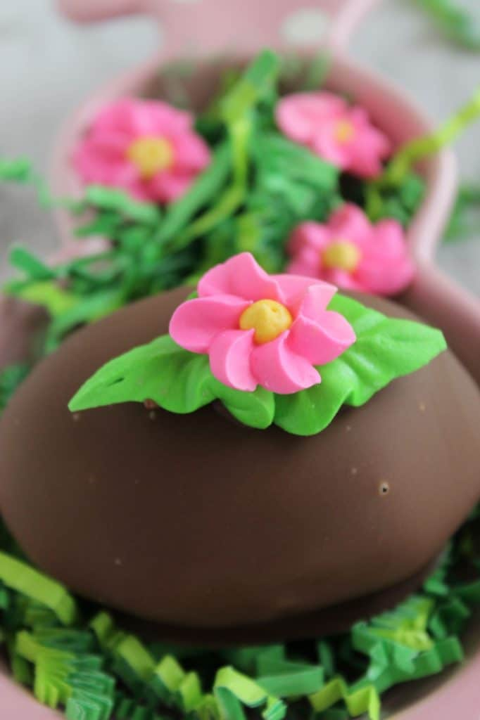 chocolate dipped easter egg