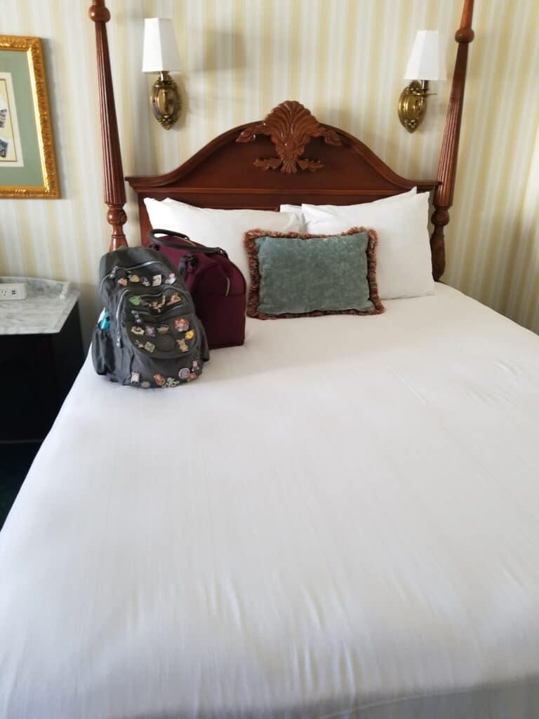 disney boardwalk queen bed