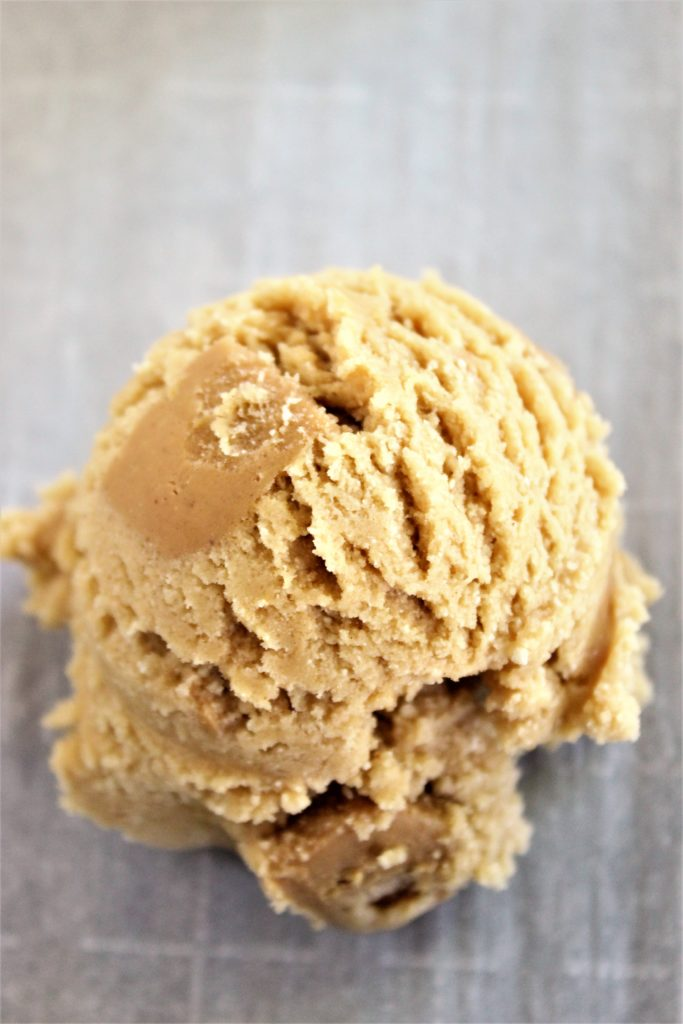 ultimate gluten free peanut butter cookies scoop