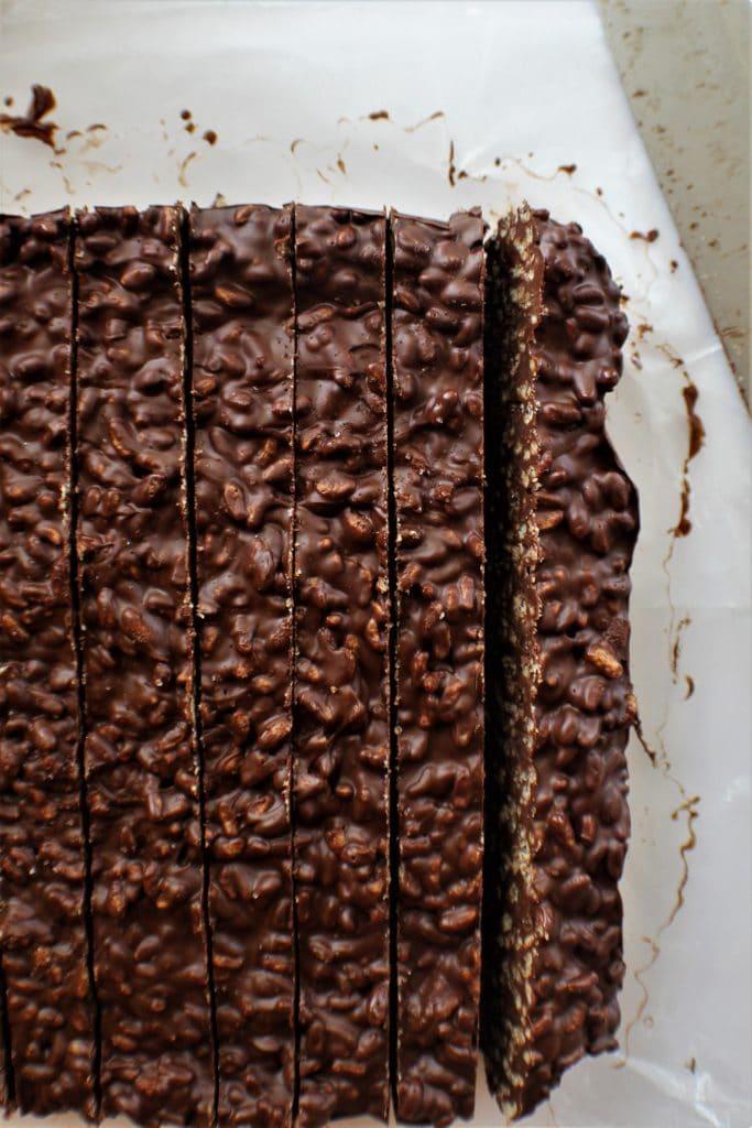 cut chocolate crunch bars