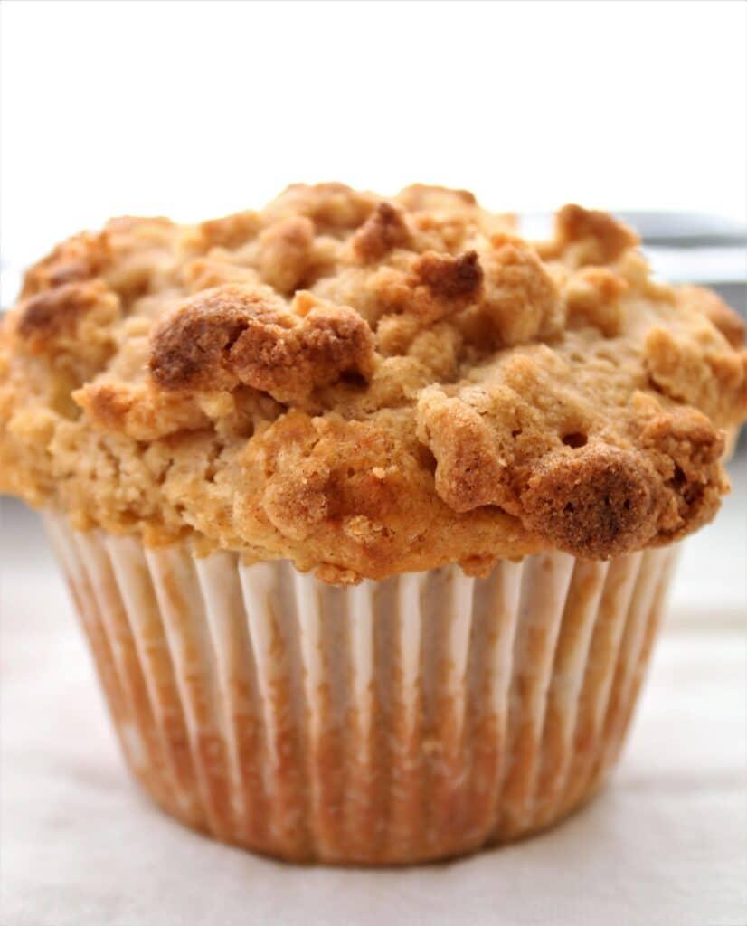 gluten free apple crumb muffins