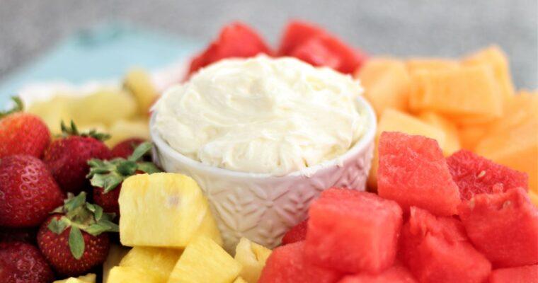 Fluffy Marshmallow Fruit Dip